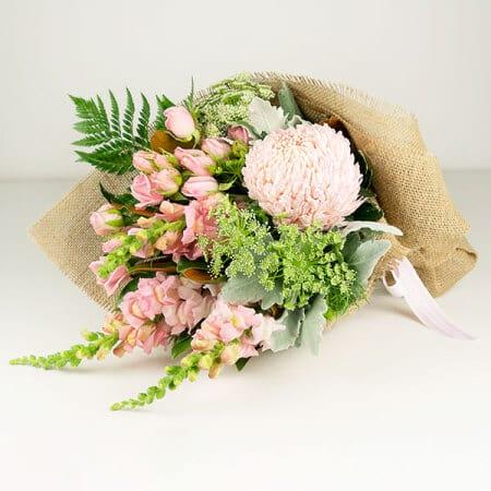 Pink Mum Flower Bouquet