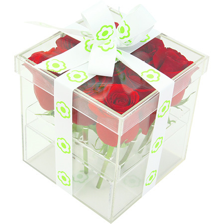 Sweet red rose box