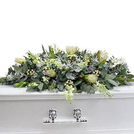 Detail-Elegant-White-Funeral-Flowers