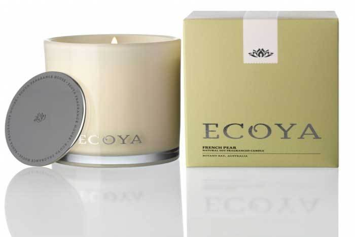 Winter Giveaway! Beautiful Flowers & ECOYA Candles