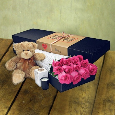 12 Long Stem Pink Roses and Bear (Sydney Melbounre & Perth Only)