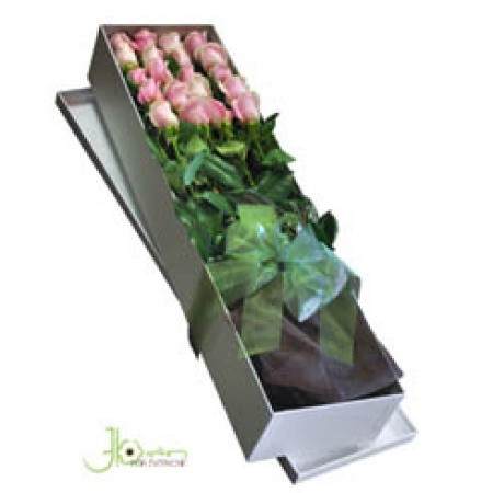 boxed-coloured-roses