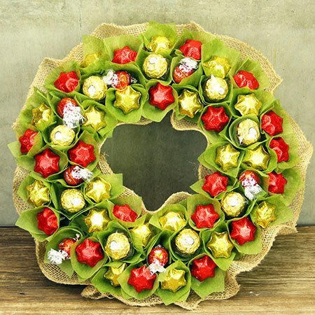 Chocolate Xmas Wreath with Free Xmas Candle (Sydney Only)