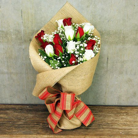 Christmas Rose Posy (Sydney Only)