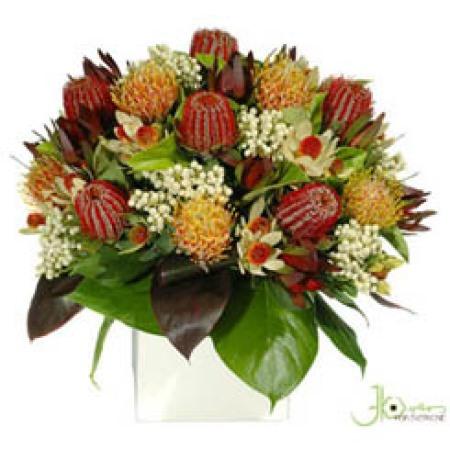 australian-native-pot-arrangement