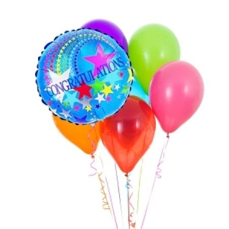 Congratulations latex balloon bouquet with 1 foil balloon