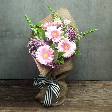 Country Cottage Posy (Melbourne Only)