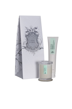 Ecoya Xmas: Lotus Flower Hand Cream & Mini Candle