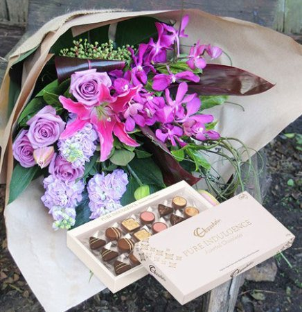 La Voilette & Assorted Chocolate Box