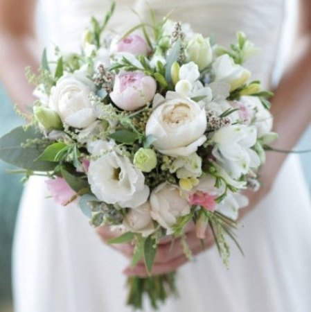 Medium Loose Bouquet with David Austin Roses, Wattle & Gumnuts