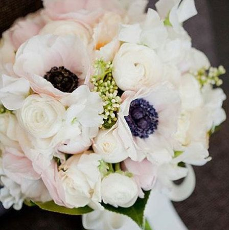 Medium Loose Bridal Bouquet