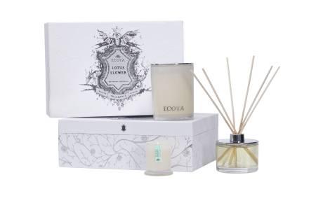 Lotus Flower Ecoya Xmas Gift Box: Madison Candle, Reed Diffuser & Mini Metro Candle