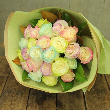 Marshmellow Rose Bouquet (Sydney Only)