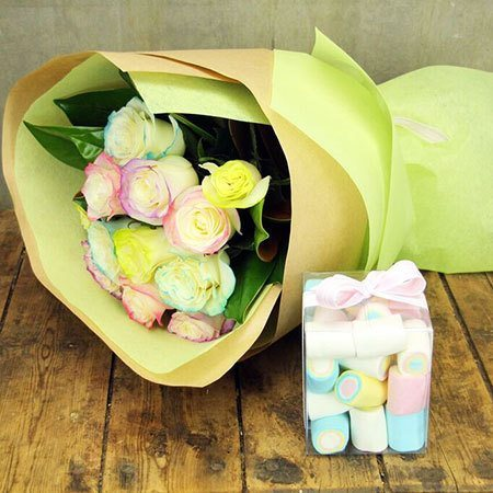 Marshmallow Rose Treat with Free Candle (Sydney Only)