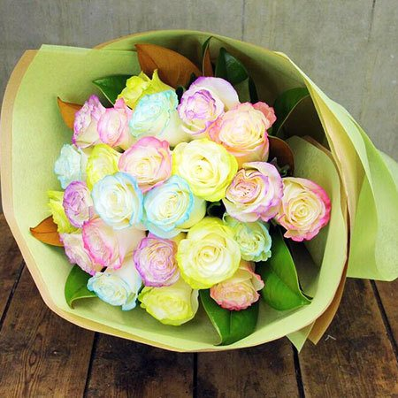 Marshnallow Roses with Free Candle (Sydney Only)