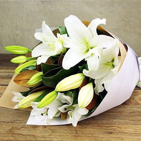 Perfumed White Oriental Lilies