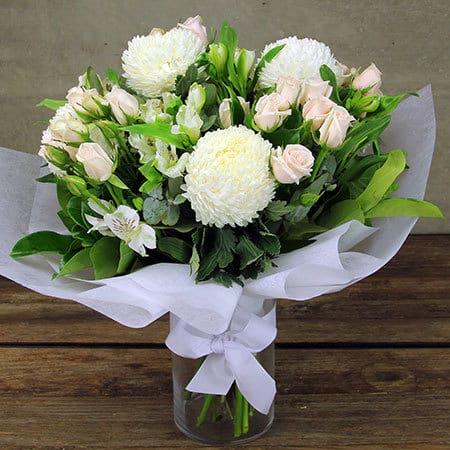 Pretty Pastel Flower Vase