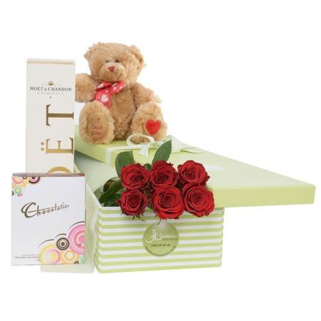 Purely Sensational 6 Roses