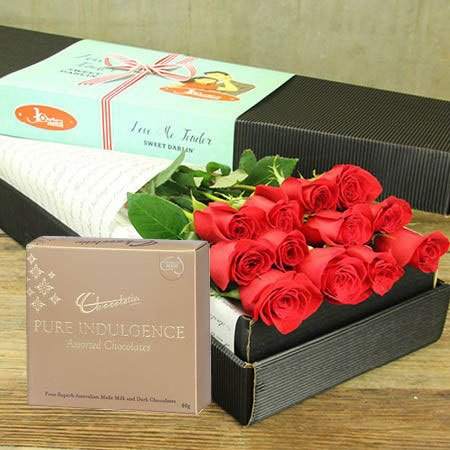 Red Roses & Chocolate with FREE Ecoya Candle