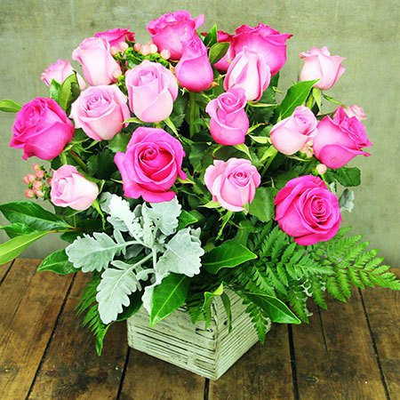 Roses for Mum with Free Candle (Sydney Only)