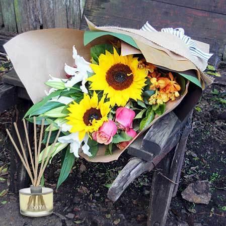 Sunflowers & Lemongrass