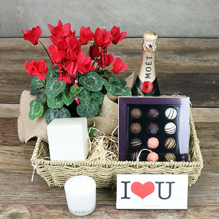 Sweet Romance Hamper