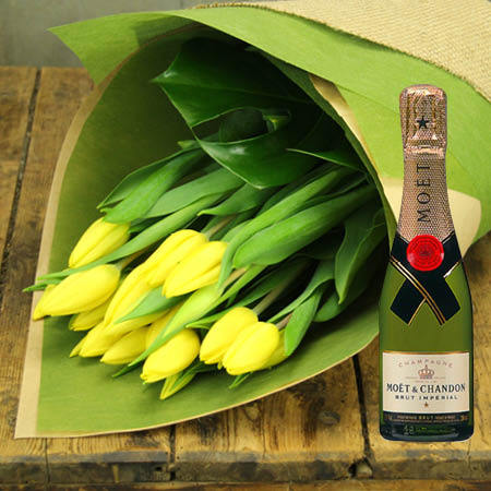 Tulips and Moet Piccolo (Sydney Only)