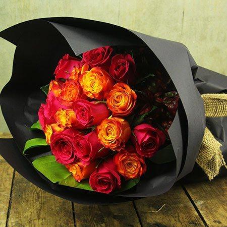 UPGRADE OFFER - 12 Roses for 12 Dollars (Sydney Only)