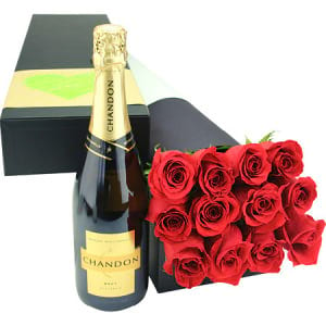 Chandon with lovely red roses
