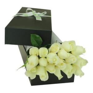 Stunning White Rose Box