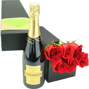 Chandon with stunning red roses
