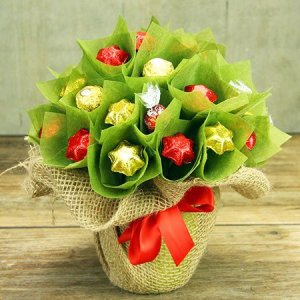 Hampers australia send a gift hamper from flowers for everyone chocolate xmas tree sydney only negle Images