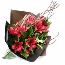 Anniversary Gifts : Australia Flower Delivery