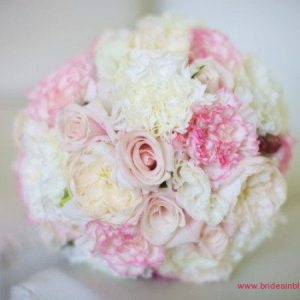 Small Clustered Bouquet with Pink & White Roses & Carnations