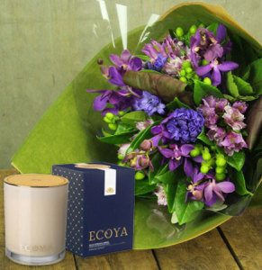 Hyacinth Winter Posy & Limited Edition Ecoya Candle