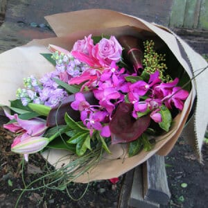 Cheap Nut Gift Baskets : Australia Flower Delivery Service