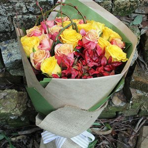 Lady Marmalade Rose Bouquet