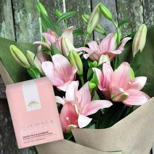 Lily Bouquet & Scented Candle