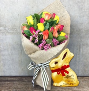Mixed Rose Posy with Lindt Bunny (Syd, Melb, Perth)