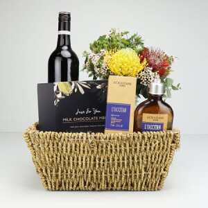 Pour Homme Wine Lover Gift Basket