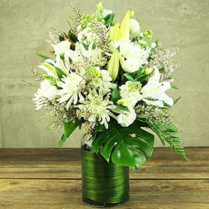 Premium White Flower Vase Delivery