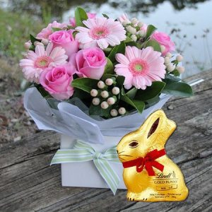Easter gift ideas flowers and chocolate eggs delivered flowers pretty pink gift box bunny sydney only negle Gallery