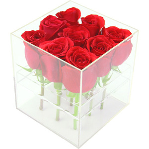 Scented red rose box