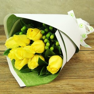 Sunshine Yellow Rose Posy
