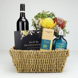 Sydney Gentlemen`s Pamper and Wine Basket