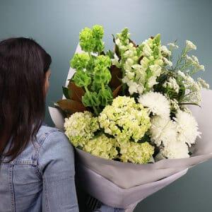 White Seasonal Summer Bouquet