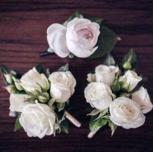 White Spray Rose Buttonhole & Dress Corsage