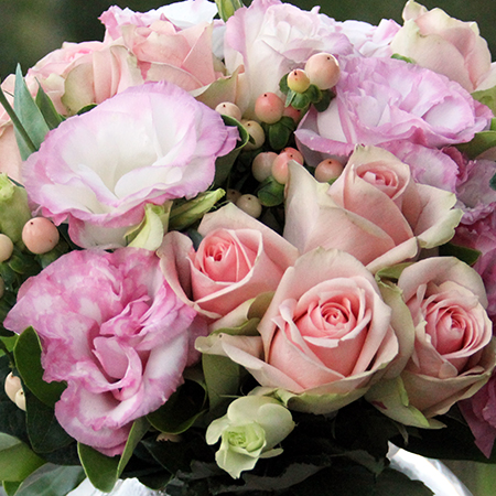 Pink Lisianthus and Roses close up