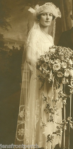 1920`s wedding flowers